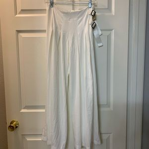 White Wide pants size S NWOT